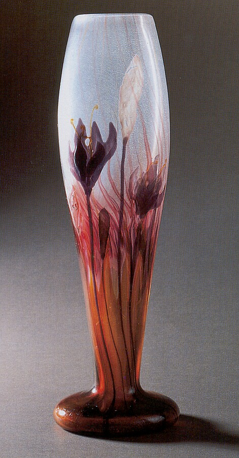 Galle vase with small flowers by EMILE GALLÉ - OnlineGalleries.com